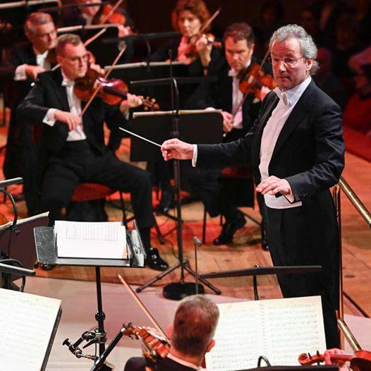 Franz Welser-Möst & The Cleveland Orchestra - Brucknerhaus Linz